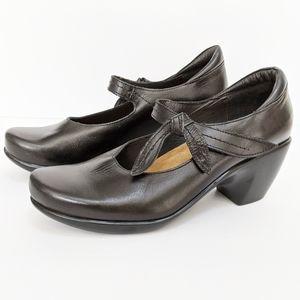 Naot pleasure mary jane black leather shoes sz 39